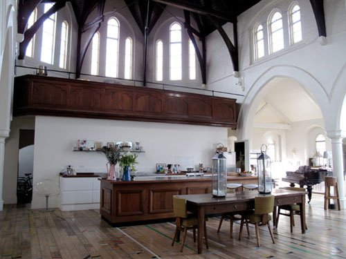 A three nave church in London converted into a residence