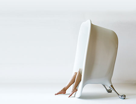 bath tub lounge chair by Baek-Ki Kim.