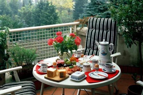 cozy-balconies-6-500x331