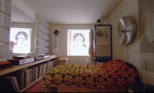 Alex-Bedspread-Clockwork-Orange1-600x362